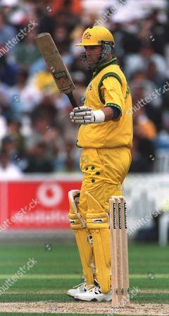 Cricket World Cup 1999  Australia V India The Oval 4/6/99  Australia Won By 77 Runs /daily Mail Australia's Mark Waugh Acknowledges His 50