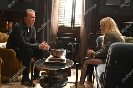 Timothy Hutton as Leon Bechley and Emily Osment as Roxy Doyle