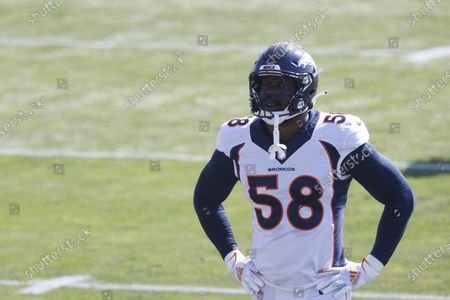 Denver Broncos linebacker Von Miller (58) takes part in drills during an NFL football practice, at the team's headquarter in Englewood, Colo