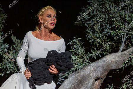 Belen Rueda (C) performs during the dress rehearsal of the play 'Penelope' as part of the 66th International Classic Theater Festival at Roman Theater in the city of Merida, western Spain, late 18 August 2020 (issued 19 August 2020). The play runs from 19 to 24 August.