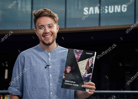 TV and radio presenter Roman Kemp hosts Samsung's Alternative Careers Guide, an online resource and web series designed to help 16-18 year olds learn more about working in exciting tech industries. The web series features interviews with a Drone Operator, 3D Prop Designer, App Developer and even a Samsung Graduate. For more information on Samsung's Alternative Careers Guide head to: https://www.samsung.com/uk/explore/kings-cross/innovation/alternative-careers-guide