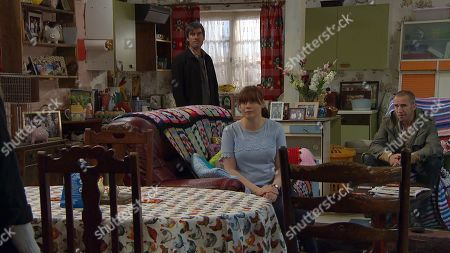 Emmerdale - Ep 8831 Friday 4th September 2020 After the tense few days, Belle arrives back at the Dingle house one final time to collect her things, having decided to move in with Jamie. With Cain Dingle, as played by Jeff Hordley ; Sam Dingle, as played by James Hooton, Lydia Hart, as played by Karen Blick.