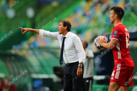 Olympique Lyon's head coach Rudi Garcia (L) reacts during the UEFA Champions League semi final soccer match between Olympique Lyon and Bayern Munich in Lisbon, Portugal, 19 August 2020.