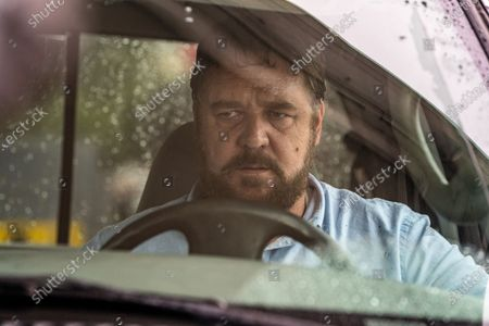 Stock Picture of Russell Crowe as The Man
