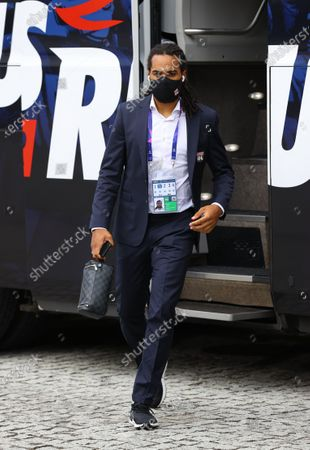 Jason Denayer of Olympique Lyon arrives at the stadium prior to the UEFA Champions League Semi Final match between Olympique Lyonnais and Bayern Munich at Estadio Jose Alvalade on August 19, 2020 in Lisbon, Portugal.
