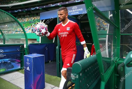 Anthony Lopes of Olympique Lyon walks out to warm up prior to the UEFA Champions League Semi Final match between Olympique Lyonnais and Bayern Munich at Estadio Jose Alvalade on August 19, 2020 in Lisbon, Portugal.