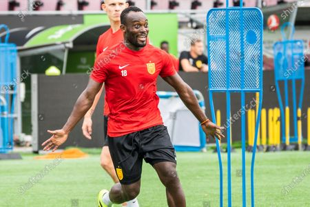 The former Chelsea player Michael Essien during a training with FC Nordsjaelland in Farum Park, Thursday 20 August 2020. The Ghanaian football player is in the process of becoming a coach in England, and is therefore participating when U17, U19 and the Superliga team train at FC Nordsjaelland.
