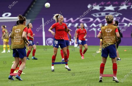 Forward Toni Duggan (C) of Atletico during the warm-up before the UEFA Women Champions League quarter final match between Atletico Madrid and Barcelona in Bilbao, Spain, 21 August 2020.