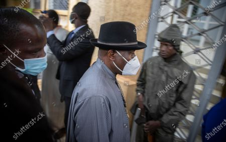 Former Nigerian President Goodluck Jonathan (C) arrives for a meeting with the Economic Community of West African States (ECOWAS) delegation and Mali military  leaders in Bamako, Mali, 22 August 2020. A delegation of West African leaders led by former Nigerian president Goodluck Jonathan arrived in Bamako to help negotiations in the wake of the coup. Mali President Ibrahim Boubakar Keita resigned 19 August 2020 after a coup by the military on 18 August 2020 with the National Committee for the Salvation of the People (CNSP) now in control.