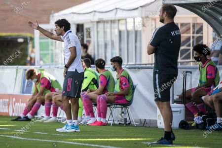 Real Madrid's head coach Raul Gonzalez Blanco (L) reacts during the UEFA Youth League semi final soccer match between FC Salzburg and Real Madrid at the Colovray Sports Centre stadium in Nyon, Switzerland, 22 August 2020.