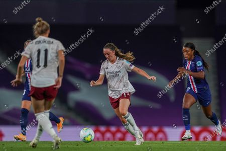 Lisa Evans (#17 Arsenal) in action
