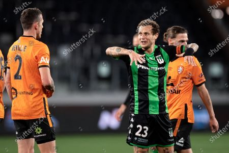 Western United midfielder Alessandro Diamanti (23) lifts up his arms