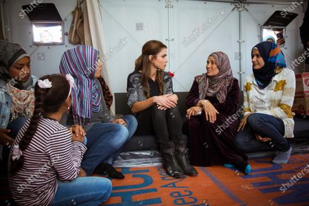 Her Majesty Queen Rania with Syrian refugees at the Kara Tepe Refugee Camp,