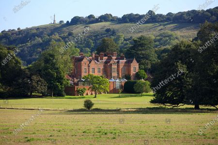 Stock Image of Chequers is a mid 16th century brick manor house sitting amongst the Chiltern Hills in Buckinghamshire. In 1921, the estate was gifted to the nation by the then owner, Sir Arthur Lee, an heirless government minister, for the use of serving British Prime Ministers.