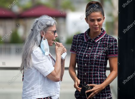 Juana Acosta and Kiti Manver attend the El Inconveniente photocall at Muelle Uno in Malaga.