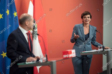 German Minister of Finance and Social Democratic Party (SPD) candidate for Chancellor Olaf Scholz (L) and leader of Austrian Social Democratic Party (SPOe) Pamela Rendi-Wagner (R), during a press conference at the office building 'Pavilion Ring' of the temporary parliament building in Vienna, Austria, 24 August 2020. Scholz is on a two-day visit in Vienna to meet the German speaking Finance Ministers on 25 August 2020.