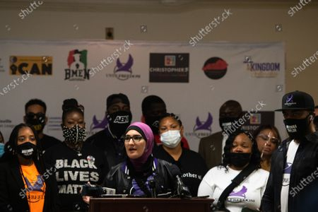 """Linda Sarsour, co-founder of Until Freedom speaks at the Until Freedom press conference pushing for """"Breonna's Law for Kentucky,"""" a statewide ban on no-knock warrants during Day Three of BreonnaCon at Simmons College"""
