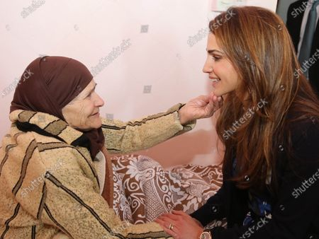 Queen Rania during a visit to the elderly homecare center at Al Asirra Al Bayda's Society - 4th February 2013