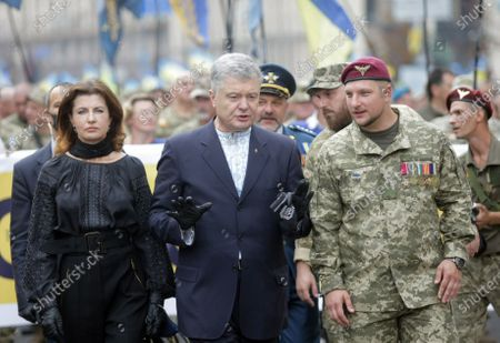 MP Petro Poroshenko (C) and his wife Maryna Poroshenko attend the Independence March on the 29th Independence Day, Kyiv, capital of Ukraine