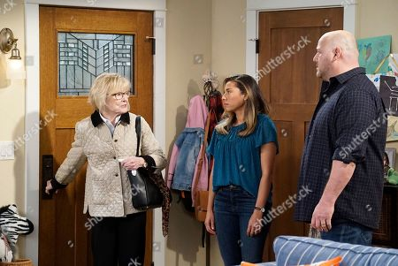 Jane Curtin as Sandy, Christina Vidal as Jo and Will Sasso as Bill