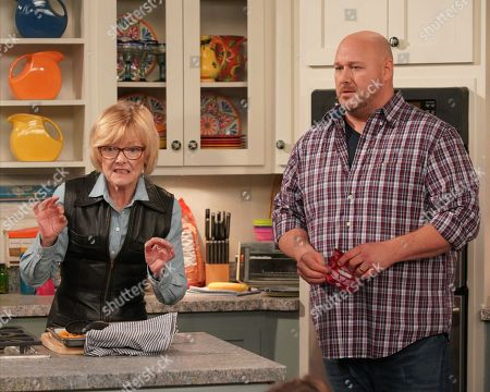 Jane Curtin as Sandy and Will Sasso as Bill