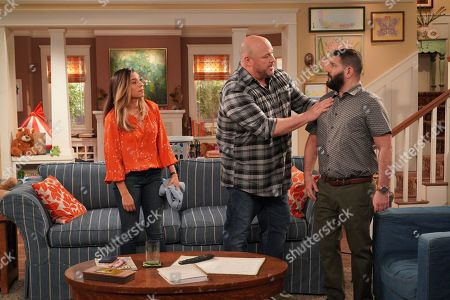 Christina Vidal as Jo, Will Sasso as Bill and Guillermo Díaz as Chuy