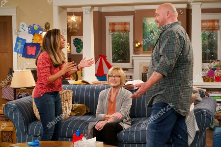 Christina Vidal as Jo, Jane Curtin as Sandy and Will Sasso as Bill