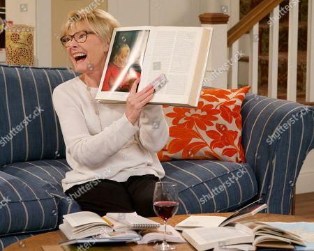 Jane Curtin as Sandy