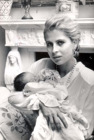Lady Forte With Baby Irene.... 1988 Pkt 2329-159347