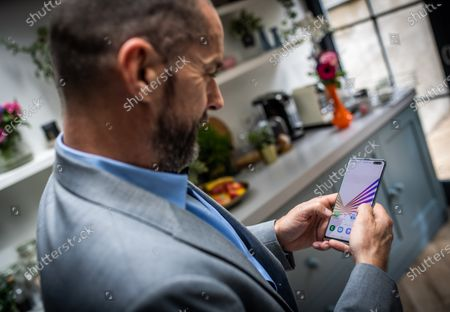 TV personality, Fred Sirieix carefully crafting, witty break-up messages for Sky Mobile's Text to Ditch launch. Inspired by Text-to-Switch, the service that allows you to dump your mobile network with a simple text message and switch to something better, Sky Mobile has launched Text-to-Ditch.