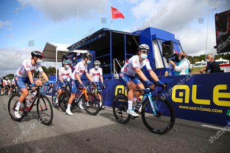 - GBCT Great Britain Men's team at the sign on. Gabriel Cullaigh, Ethan Hayter, Fred Wright, Alex Dowsett,
