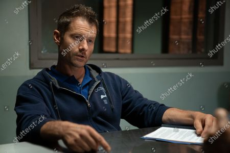 James Badge Dale as Detective Ray Abruzzo