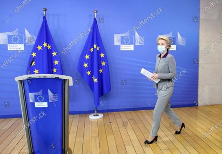 President of the European Commission Ursula von der Leyen, wearing a face mask, arrives for a press conference following the resignation of the EU trade commissioner, in Brussels, Belgium, 27 August 2020. EU trade commissioner Phil Hogan, a key figure in Brexit talks and one of the bloc's most senior officials, resigned on 26 August after Ireland accused him of breaching coronavirus guidelines.