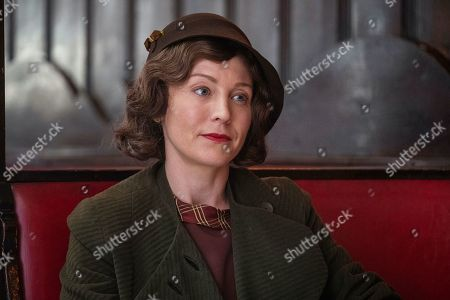 Stock Picture of Juliet Rylance as Della Street