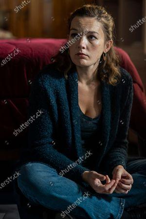 Stock Picture of Virginia Kull as Linda McQueen