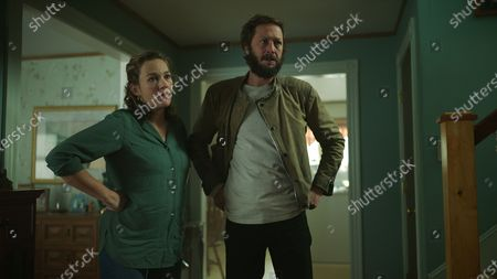 Virginia Kull as Linda McQueen and Ebon Moss-Bachrach as Chris McQueen