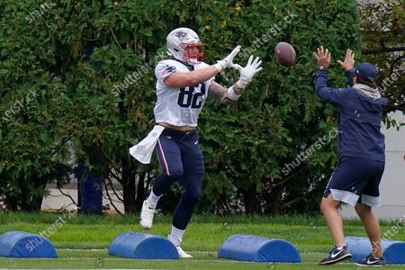 New England Patriots tight end Paul Butler (82) performs field drills during an NFL football training camp practice, in Foxborough, Mass