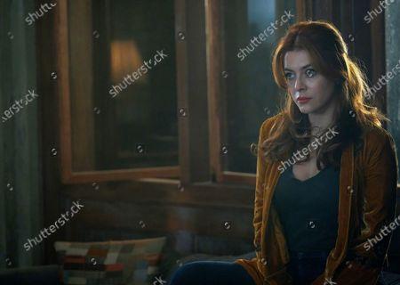 Elena Satine as Dreamer