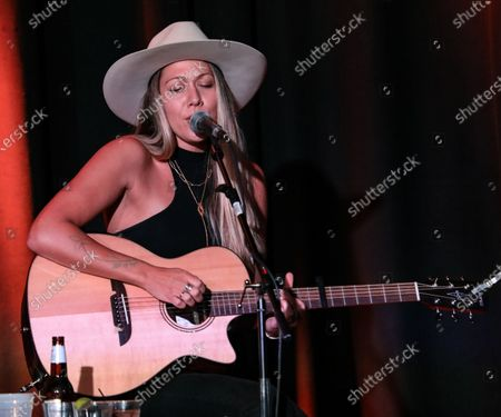 Singer & songwriter Colbie Caillat performs during at The Listening Room Cafe on August 28, 2020 in Nashville, Tennessee.