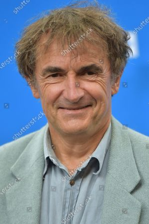 Adieu Les Cons - Albert Dupontel