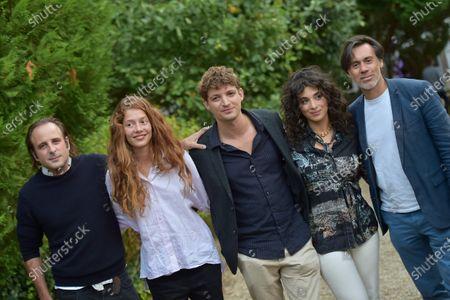 Stock Image of Les Choses Qu'on Dit Les Choses Qu'on Fait - Vincent Macaigne, Jenna Thiam, Niels Schneider, Camelia Jordana, Emmanuel Mouret