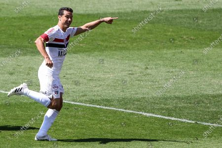 Hernanes makes goal during a game between São Paulo  vs Corinthians, a match valid for the Brazilian Championship 2020 at the Murumbi stadium in the southern part of the capital of São Paulo.