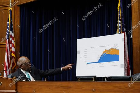 Oversight and Reform Subcommittee Chairman James E. Clyburn points to a sign displaying information on unemployment in the United States, during a House Oversight and Reform Subcommittee, on the administration's response the the Coronavirus crisis, on Capitol Hill, Washington, DC, USA, 01 September 2020.