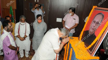 A BJP leader paying tribute to former President Pranab Mukherjee a day after his death, at BJP office  on September 1, 2020 in Patna, India.