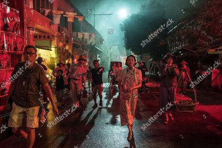 Behind the scenes - Elizabeth Tan as Vera Chang.