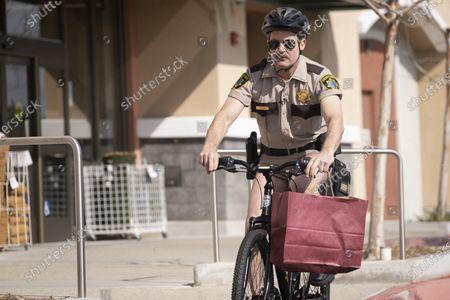 Stock Photo of Thomas Lennon as Lieutenant Jim Dangle