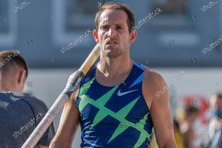 Lausanne, Switzerland - 2020/09/02:  Renaud Lavillenie of France is in action  during the pole vault competition of the City Event of Athlestissima 2020 in Lausanne