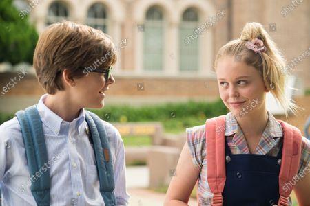Judah Lewis as Cole and Emily Alyn Lind as Melanie