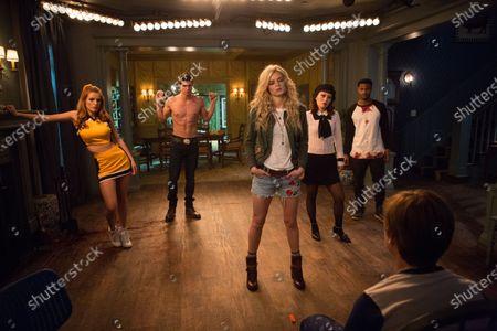 Bella Thorne as Allison, Robbie Amell as Max, Samara Weaving as Bee, Hana Mae Lee as Sonya, Andrew Bachelor as John and Judah Lewis as Cole