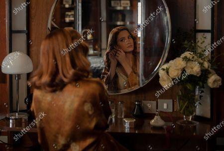 Ivana Baquero as Eva Villanueva
